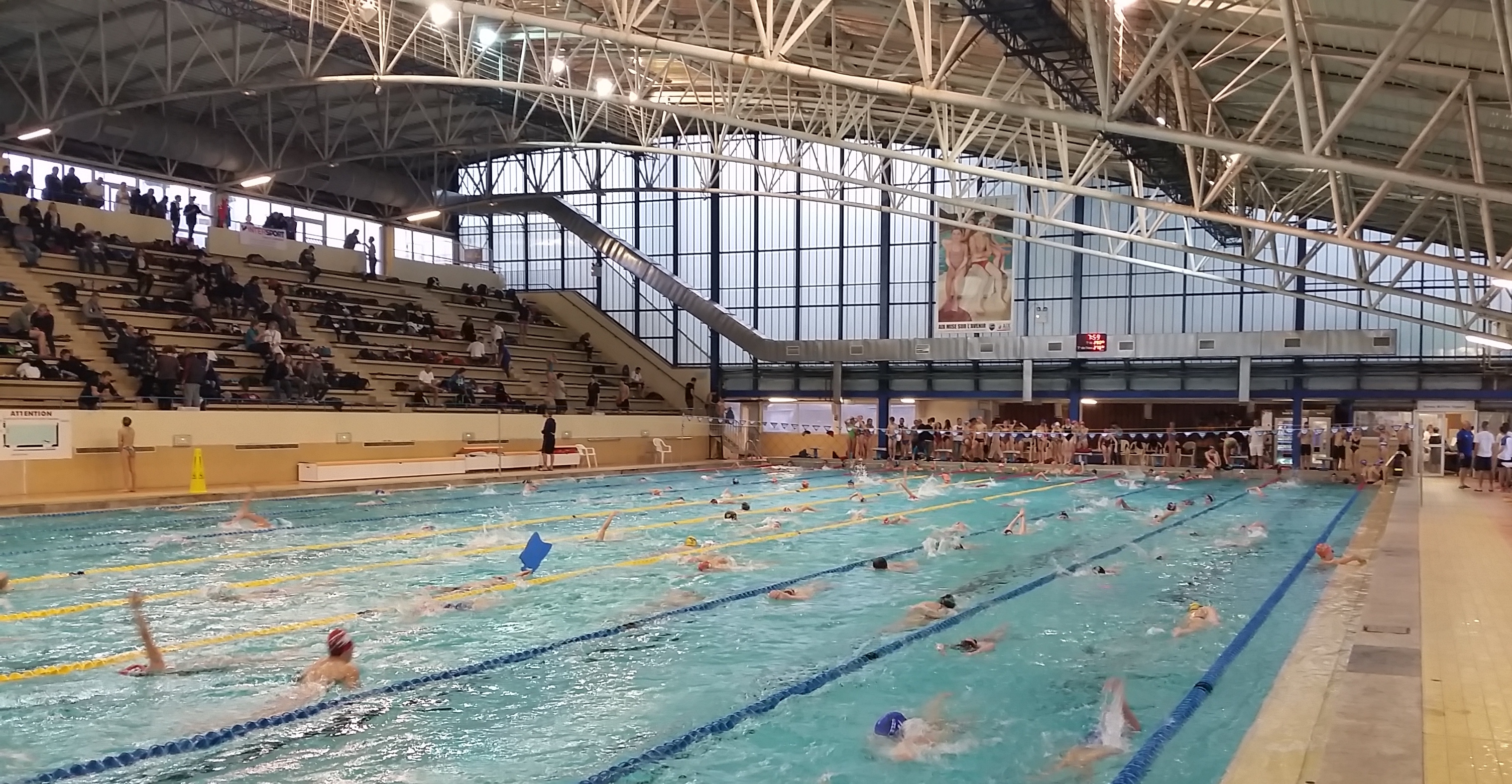 1er meeting d 39 hiver du p a n for Piscine yves blanc